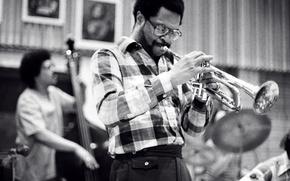 Картинка музыка, джаз, труба, музыканты, бас, джазовые музыканты, Woody Shaw, Rufus Reid