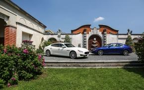 Картинка цветы, дом, Maserati, две, клумба, GranTurismo, Ghibli, quattroporte s