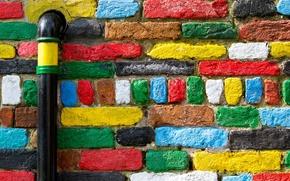 Картинка стена, труба, кирпичи, разноцветные