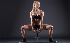 Обои sculpted, toned body, model, blonde, pose, fitness, dumbbell, workout
