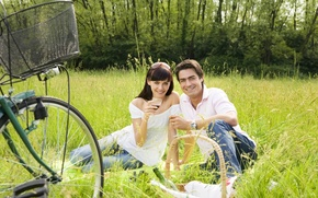 Картинка love, nature, woman, wine, man, couple, glasses, picnic, recreation