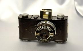 Картинка фон, фотоаппарат, корпус, видоискатель, объектив Lentille 50mm minivar, Falcon miniature