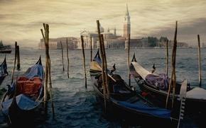 Картинка вода, город, берег, рисунок, здания, картина, причал, Венеция, сооружения, искусство, гандолы