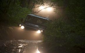 Картинка фон, фары, джип, Land Rover, Defender, Ленд Ровер, Дефендер, лес.грязь, внедорожник.передок