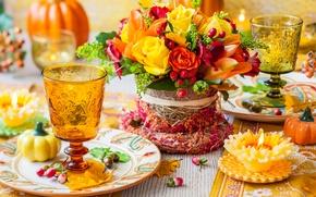 Обои осень, цветы, розы, свеча, букет, украшение, flowers, autumn, стола, berries, bouquet, roses, table, decoration, candle, ...
