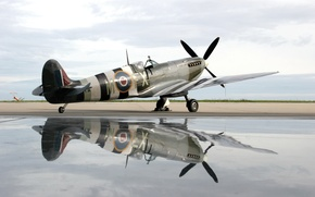 Картинка water, plane, reflection, spirit of kent spitfire