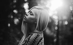 Картинка блондинка, свитер, чувство, боке, bokeh, blonde, feeling, sweater