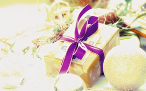 Картинка фон, праздник, коробка, подарок, widescreen, обои, новый год, рождество, лента, wallpaper, new year, фиолетовая, широкоформатные, …