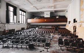 Картинка стулья, зал, заброшенный, актовый, Разруха, окна