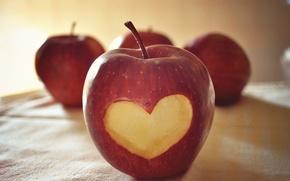 Картинка макро, любовь, креатив, настроение, сердце, apple, яблоко, фрукт, love, сердечко, heart, чувство, 14 февраля, Valentine's …