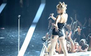 Картинка сцена, микрофон, Rita Ora, британская певица, Rita Sahatçiu Ora