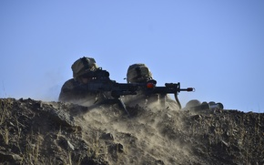 Картинка оружие, солдаты, экипировка, на позиции, морпехи, готовность, пулемет M240B