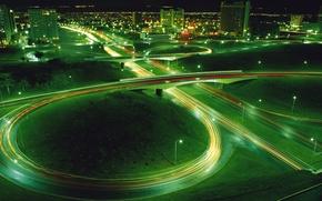 Картинка дорога, ночь, мост, огни, зеленый, поворот