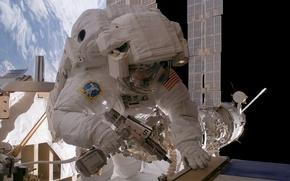 Картинка space, NASA, extreme, suit, cosmonaut, International Space Station, astronaut, Sunita L. Williams, Expedition 14 flight ...