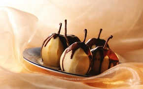 Обои макро, pears, food, sweets, macro, десерт, dessert, сладкое, plate, chocolate, тарелка, еда, шоколад, груши, 1920x1200