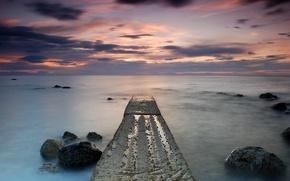 Обои море, небо, облака, закат, тучи, камни, берег, вечер, Шотландия, Великобритания, штиль