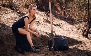 Обои January Jones, фотосессия, Дженьюэри Джонс, макияж, актриса, блондинка, природа, 2015, поза, модель, платье, фотограф, сумка, ...