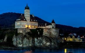 Картинка Schönbühel Castle, Шёнбюхель, горы, Австрия, дома, берег, замок, скала, огни, крепость, ночь, фонари, река