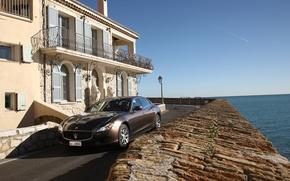 Картинка море, дом, Maserati, Quattroporte