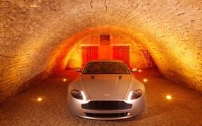 Обои погреб, Aston Martin, V8 Vantage