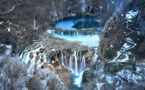 Картинка озеро, скалы, водопад, Republika Hrvatska, national park, Plitvice Lakes