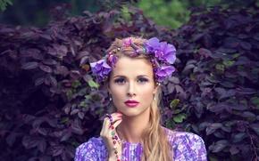 Картинка взгляд, листья, цветы, портрет, всё фиолетово, серенево