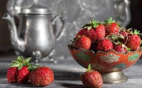 Картинка ягоды, чайник, клубника
