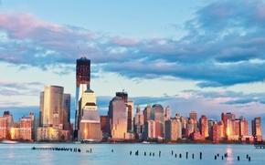 Картинка небо, облака, закат, река, здания, Нью-Йорк, небоскребы, вечер, USA, США, мегаполис, New York, бирюзовое