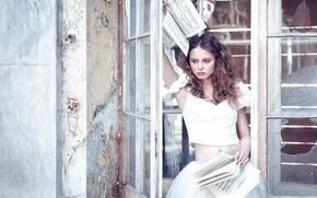 Картинка девушка, ноты, Karina Bratkowska