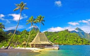 Картинка море, небо, облака, горы, пальмы, холмы, отдых, отпуск, хижина, бунгало