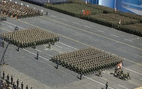 Картинка праздник, день победы, солдаты, форма, парад, войска, красная площадь
