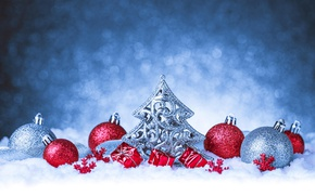 Картинка шарики, снег, фон, шары, Рождество, Новый год, мишура, ёлочка, елочка