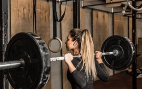 Обои blonde, workout, fitness, weight, weight bar