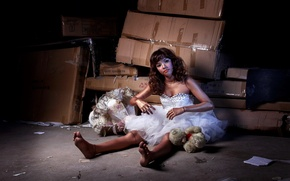 Картинка девушка, кукла, склад