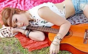 Картинка взгляд, девушка, музыка, гитара