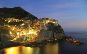 Обои небо, Италия, горы, море, деревня, огни, ночь, Марина лодки, Манарола, Лигурия, скалы
