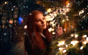 Картинка девушка, снег, огни, ёлка