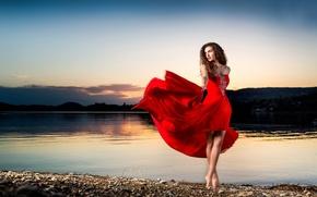 Обои девушка, в красном, берег, танец, sunset dance, платье