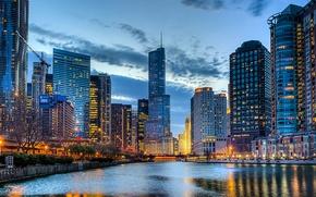 Картинка небо, облака, город, огни, река, здания, дома, небоскребы, вечер, Чикаго, USA, США, Иллинойс, Chicago, Illinois, …
