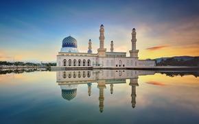 Картинка облака, отражение, утро, зеркало, Малайзия, Likas Бэй, города Кота-Кинабалу Мечеть, песок дороги, мечеть Likas, Сабах