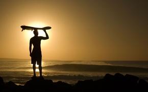 Картинка солнце, океан, вечер, парень, удовольствие, сёрфинг, катание