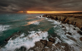 Картинка море, волны, небо, вода, облака, свет, пейзаж, закат, природа, скалы, waves, light, sky, sea, landscape, …