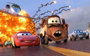 Картинка машины, взрыв, спорт, мультфильм, Молния, гонки, sport, самолёт, Pixar, спецагент, шпион, Lightning, spy, чемпионат, racing, …