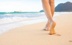 Картинка sea, sand, foot on the beach