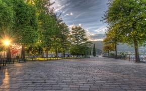 Картинка деревья, парк, восход, Италия, аллея, набережная, Italy, Ломбардия, Комо, Como, Lombardy