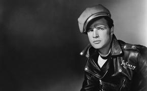 Обои куртка, актер, черно-белое, кепка, Marlon Brando
