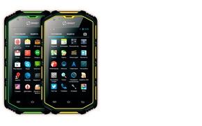 Картинка защищённый смартфон, SENSEIT R390, смартфон в доспехах, класс защиты IP68