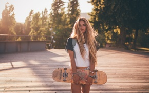 Картинка лето, взгляд, девушка, лицо, волосы, скейт, милашка
