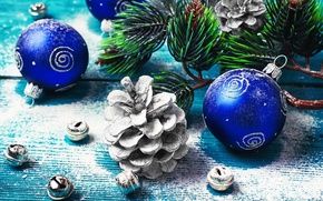 Картинка шарики, праздник, шары, игрушки, доски, новый год, ветка, шишки, сосна, бубенцы