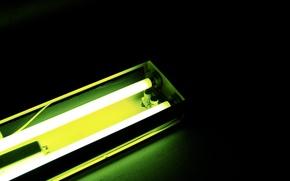 Картинка зелёный, полусвет, люминесцентная лампа